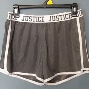 NEW JUSTICE SHORTS